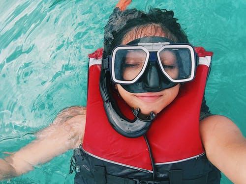 Aprende qué es un bautismo de buceo
